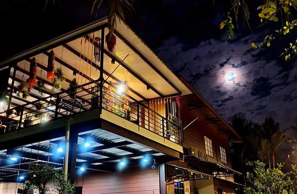 Luxury Sea View Homestay Penang